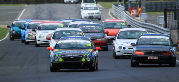 On for Young and Old in Queensland Saloon Cars: 2017 Round 1 Preview